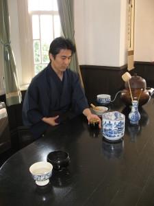代表、小早川護 神戸北野異人館茶会にて