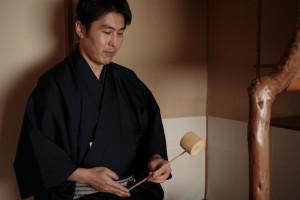 代表、小早川 茶室にて